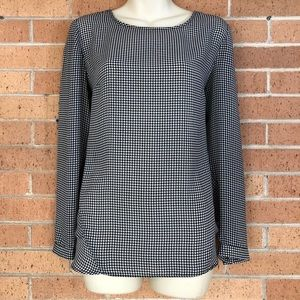Banana Republic size Small houndstooth blouse